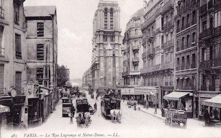 890 La Rue Lagrange et Notre Dame