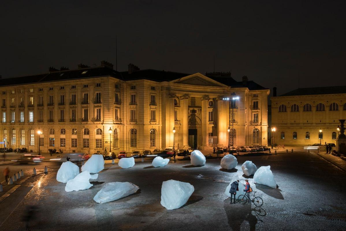 Place du panthe on ice watch olafur eliasson 3